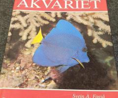 Bok korallrevs akvariet band 3